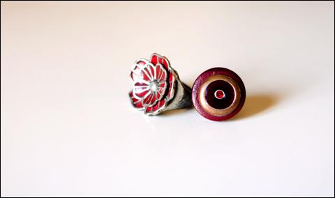 http://la.petite.fleur.violette.cowblog.fr/images/Nouveauxarticles/ChallengeMars/9Red.jpg